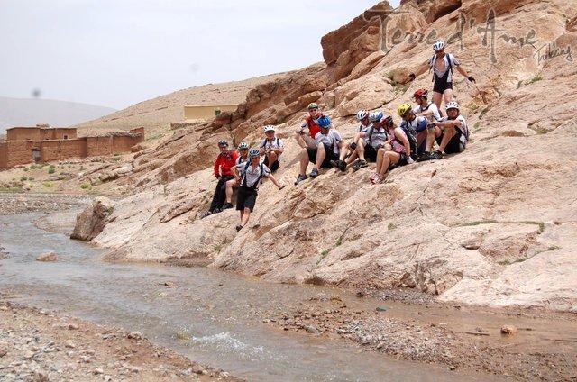 circuit-vtt-a-travers-le-desert-du-gd-sud-marocain-4-640px
