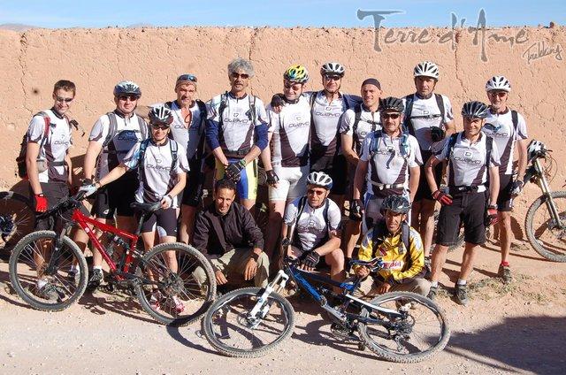 circuit-vtt-a-travers-le-desert-du-gd-sud-marocain-640px